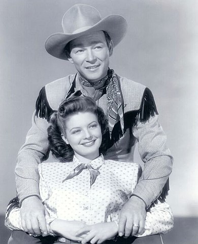 Roy Rogers and Gail Davis 1948.jpg