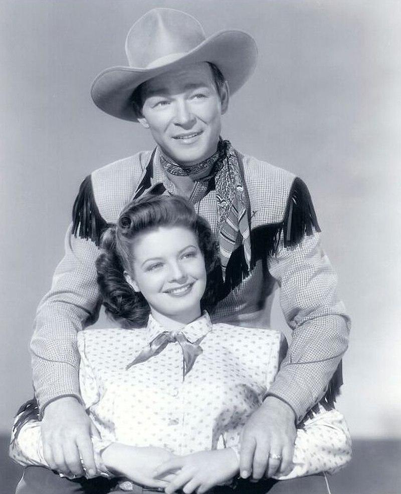 Roy Rogers and Gail Davis 1948.jpg