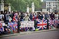 Royal Wedding spectators 2011.jpg