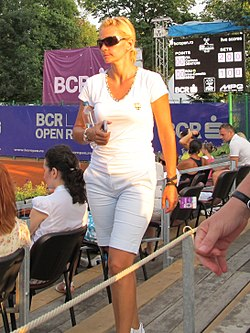 Ruxandra Dragomir at the 2011 BCR Open Romania Ladies.jpg