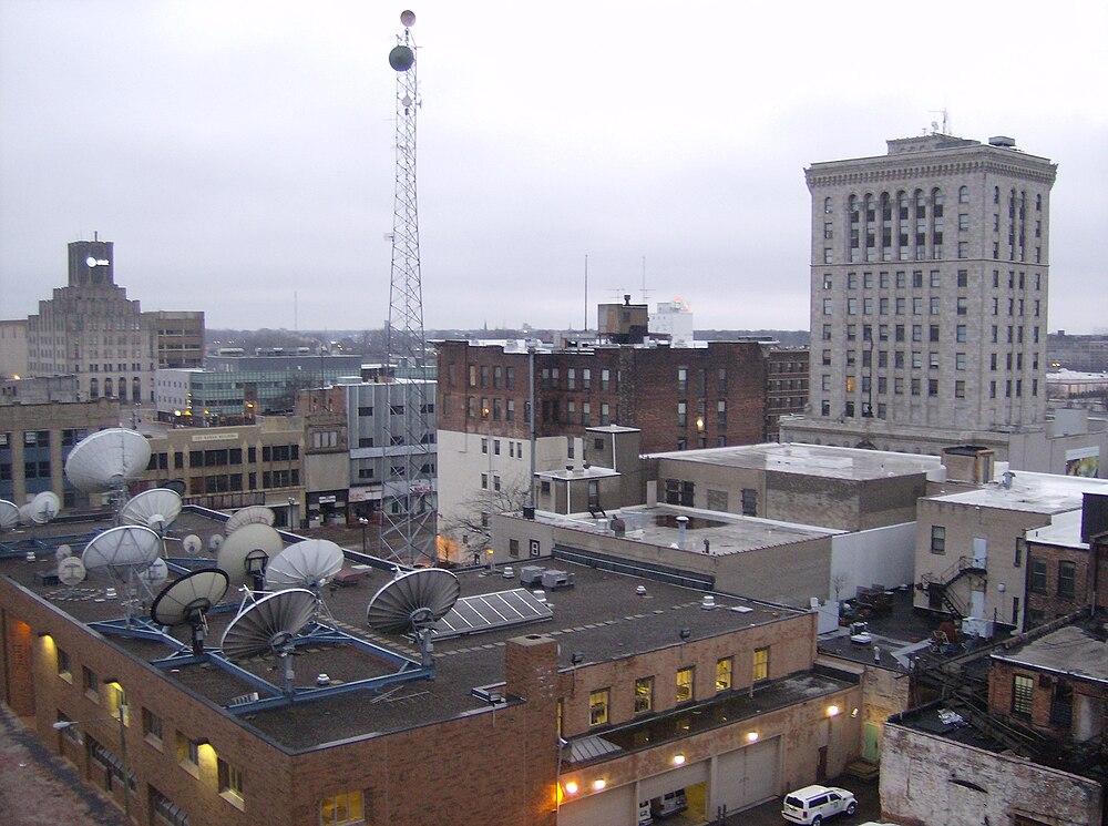 The population density of Saginaw in Michigan is 2845.75 people per square kilometer (7368.81 / sq mi)