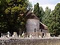 Saint-Pierre-les-eglises chevet.jpg