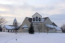 Saint Joan of Arc Catholic Church (Powell, Ohio), exterior.jpg