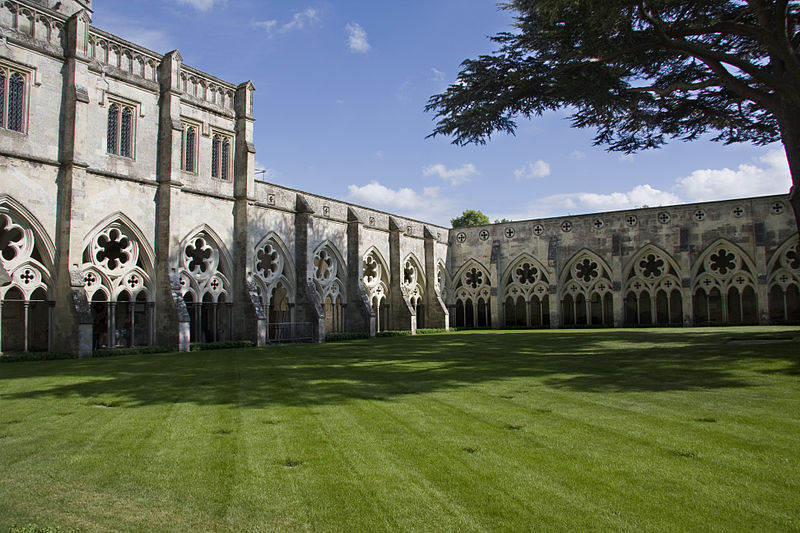 File:Salisbury Cathedral Cloisters.jpg
