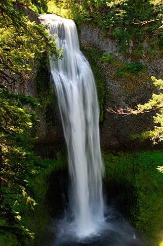 Salt Creek Falls - View of the Salt Creek Falls from a trail viewpoint