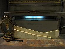 Tomba di Giorgio La Pira nella chiesa di San Marco a Firenze