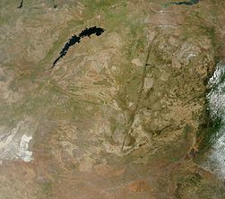 Satellite image of Zimbabwe in December 2002.jpg