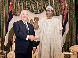 Secretary Tillerson Shakes Hands With Nigerian President Buhari (25901900897) (cropped)
