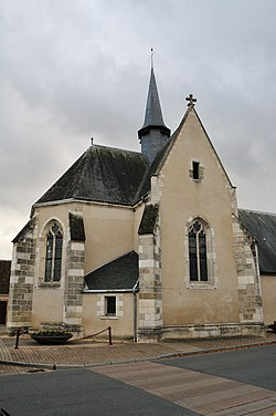 Selles-Saint-Denis chapelle Saint-Genouph 1.jpg