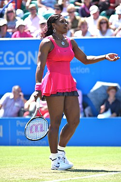 Serena Williams Aegon International Eastbourne 2011 (5849341564).jpg