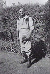 Sergeant Cleworth RAAF AWM P01630.004-crop.jpg