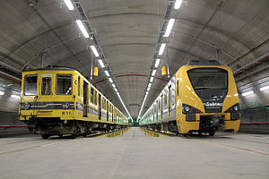 Line H (Buenos Aires Underground) - The 300 Series (right) is set to replace the Siemens O&K stock (left).
