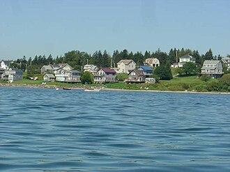 Jonesport, Maine - Image: Shorefront houses, Jonesport Maine, USA