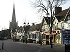 Solihull High Street in Richtung St Alphege Church