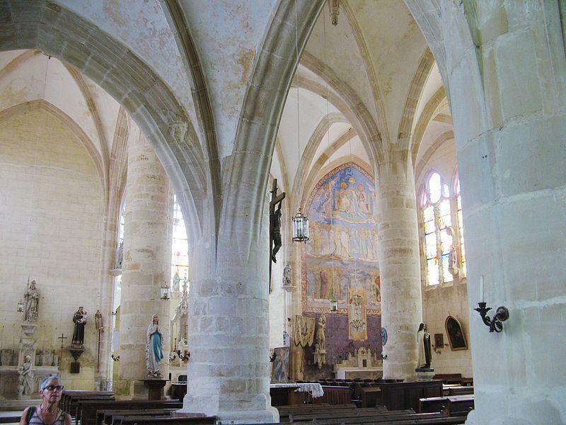 Soulaines-Dhuys: transept sud de l'église Saint-Laurent