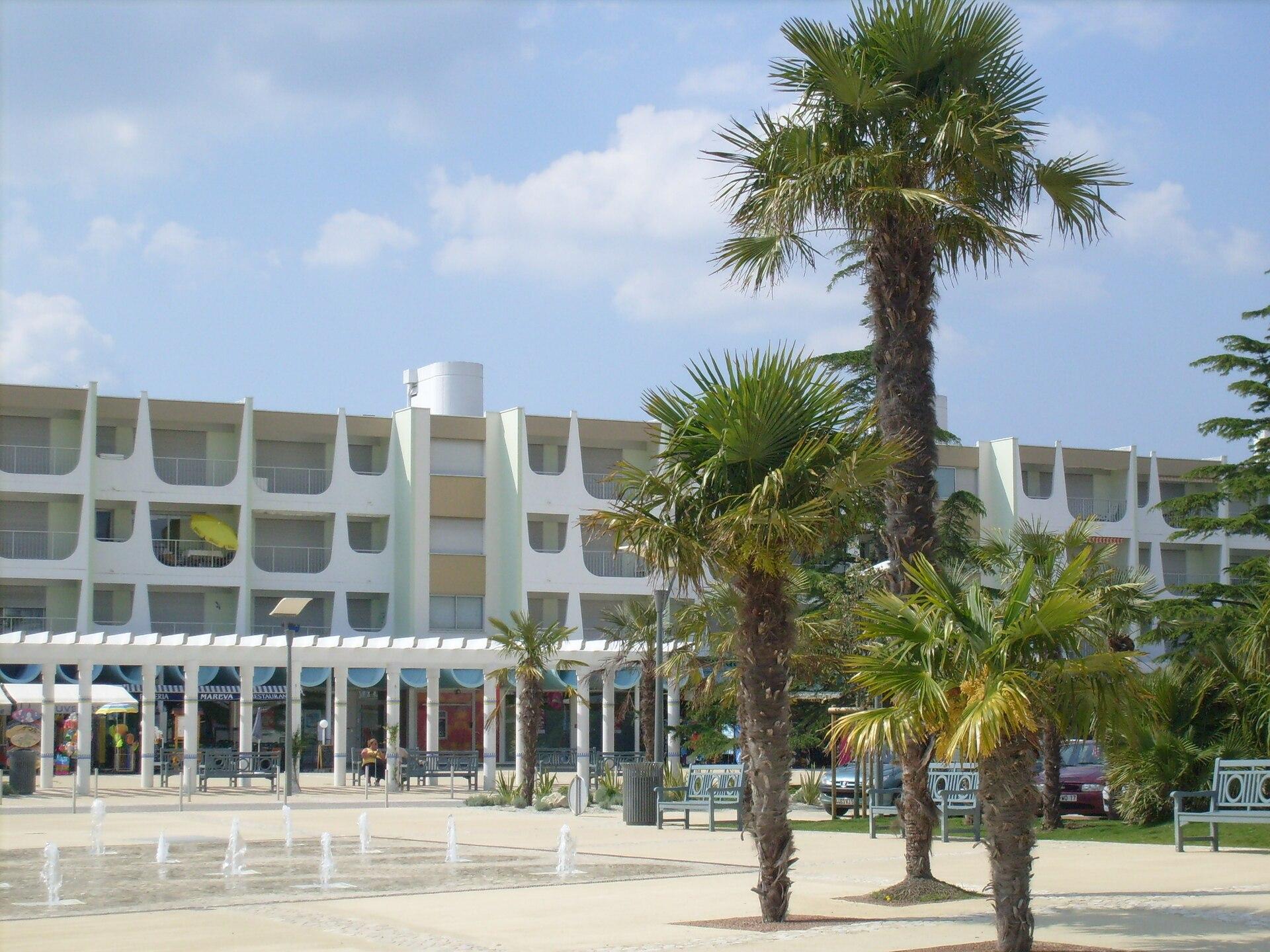 Hotel Saint Palais Sur Mer