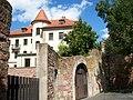 Stadtmauer im hintergrund das Amtsgericht - panoramio.jpg