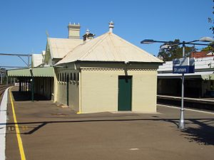 Stanmore Railway Station 4.JPG