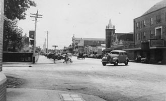Canberra Hotel, Brisbane - Canberra Hotel (on the right), Toowoomba, Queensland, circa 1948