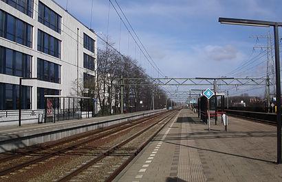 Hoe gaan naar Station Den Haag Mariahoeve met het openbaar vervoer - Over de plek