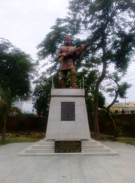 चित्र:Statue of Mangal Pandey at Shaheed Smarak Meerut.jpg