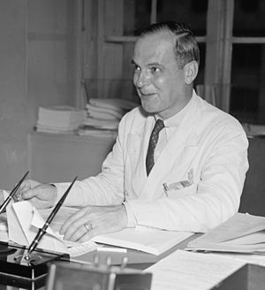 T.A.M. Craven - T.A.M. Craven at his desk, July, 1937, while he was still Chief Engineer of the FCC.