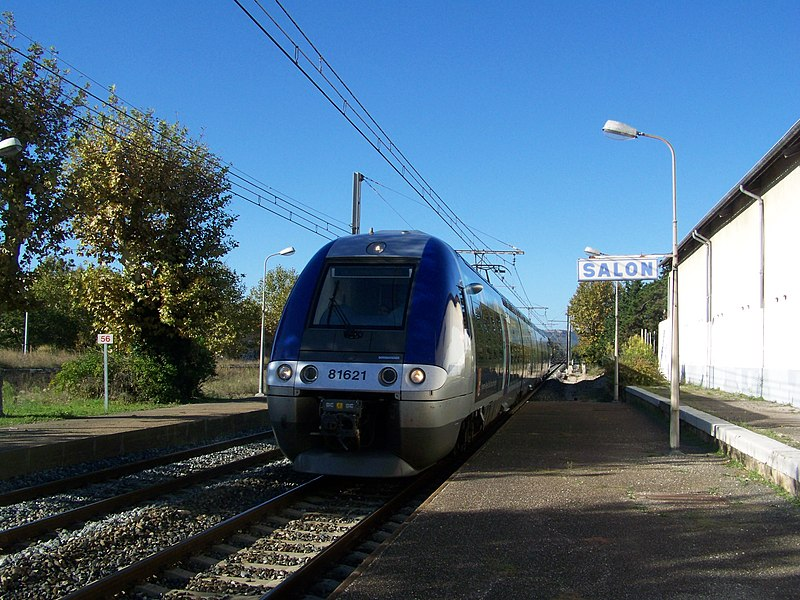 French regional train coming from Avignon (Vaucluse) and bound for Marseille, is stopping at Salon-de-Provence station, in Bouches-du-Rhône.