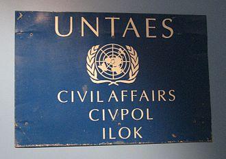 United Nations Transitional Administration for Eastern Slavonia, Baranja and Western Sirmium - Image: Tabla UNTAES Ilok