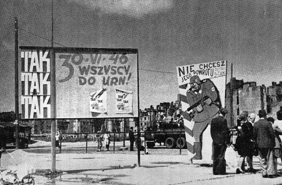 File:Tablice referendum 1946 Warszawa.jpg - Wikimedia Commons