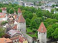 Tallinn Mediaeval Town Walls with towers 15.jpg