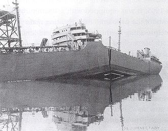 Fracture mechanics - The S.S. Schenectady split apart by brittle fracture while in harbor, 1943.