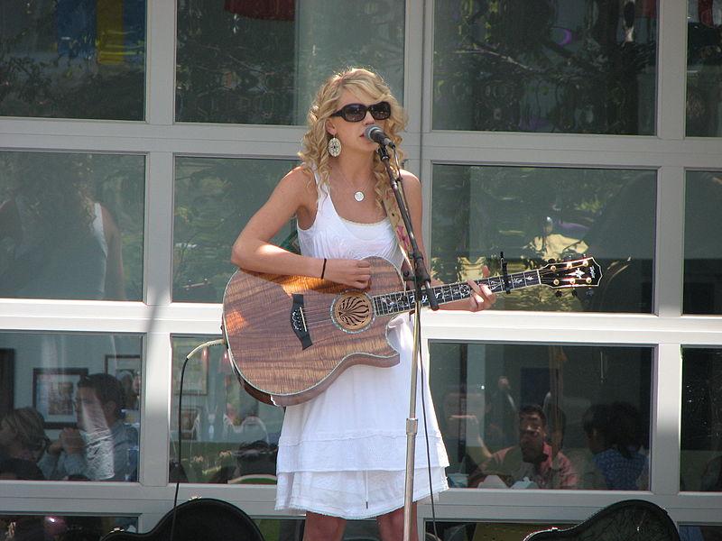 テイラー・スウィフト(Taylor Swift、本名 テイラー・アリソン・スウィフト)