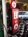 Texaco FIRE-CHIEF petrol pump.JPG