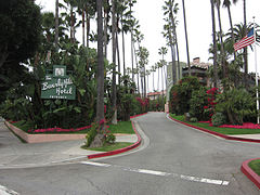 The Beverly Hills Hotel (2013).jpg