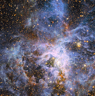 Tarantula Nebula - Image: The brilliant star VFTS 682 in the Large Magellanic Cloud