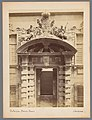 Toegangspoort universiteitsgebouw in Genua Palazzo Doria - Tursi Genova.- (titel op object), RP-F-00-2828.jpg