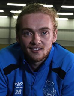 Tom Davies (footballer, born 1998) English association football player