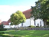 Torsås kyrka from southwest.jpg
