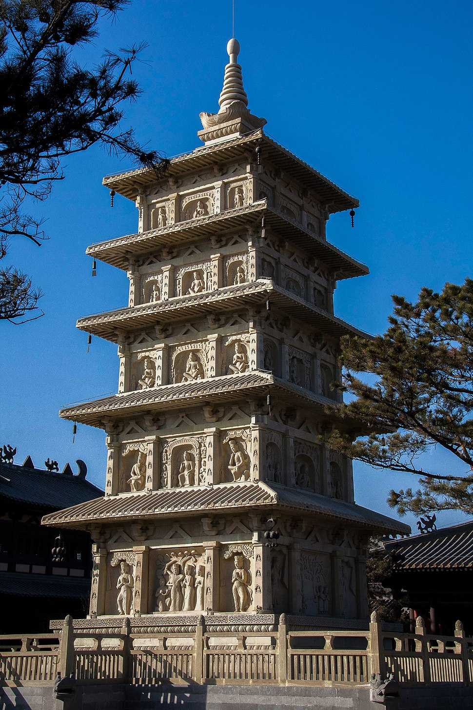 Tower in Lingyan Temple, Yungang Grottoes