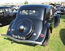 Blog de club5a : Association Audoise des Amateurs d'Automobiles Anciennes, TECHNIQUE AUTO - Sortie de préau Traction 11B 1953...