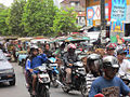 Traffic in Ampenan (6215707746).jpg