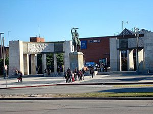 Tres Cruces - Statue of Fructuoso Rivera, Tres Cruces