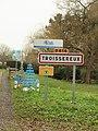 Troissereux-FR-60-panneau d'agglomération-01.jpg