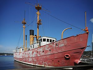 United States lightship Swiftsure (LV-83) - Image: US lightship Swiftsure (LV 83), IMG B