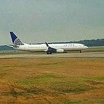 Un Boeing 737 de United en IAH.jpg