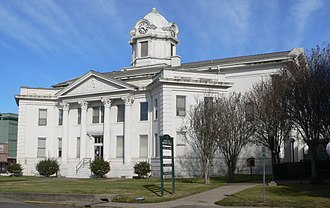 Vernon Parish, Louisiana - Image: Vernon Parish courthouse from SE 1