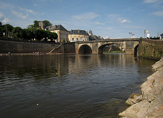 Vézère - Bridge over the river Vézère in the village of Montignac