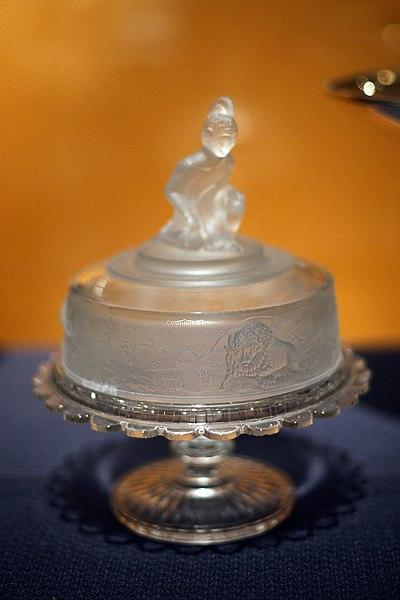 File:WLA brooklynmuseum Westward Ho frosted glass.jpg