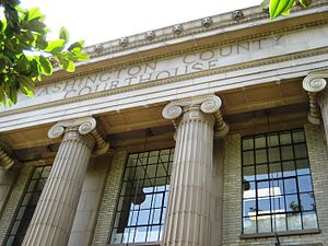 Washington County Courthouse ingresso segno. JPG