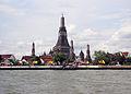 Wat Arun 03-2012-02.JPG